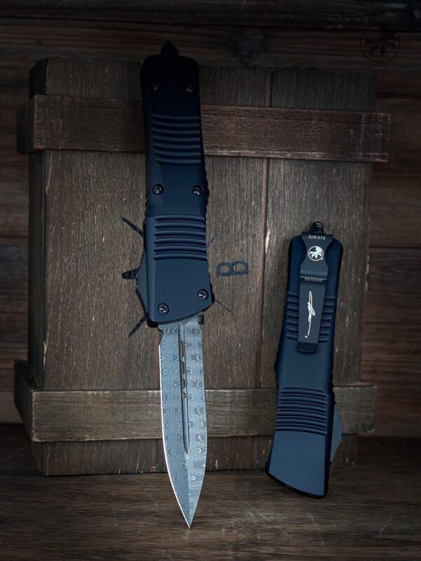 Microtech-Troodon-Damascus